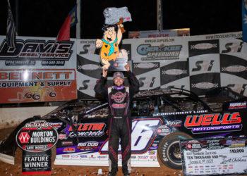 Overton wins Mike Duvall Memorial